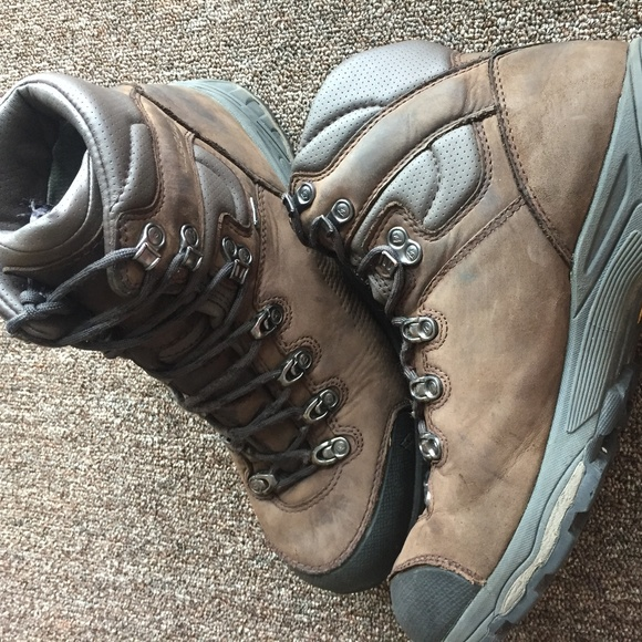a5efc4f109c Vasque St. Elias GTX Mens Leather Hiking Boots 10